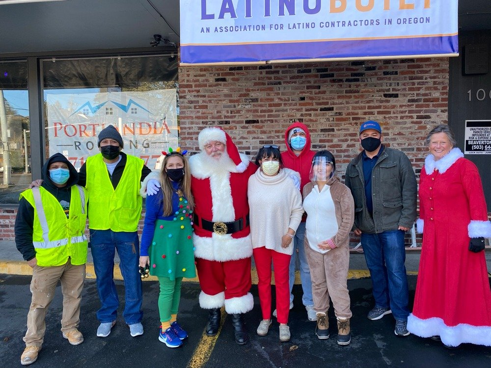 LatinoBuilt-ToyDrive-Gift-Wrapping